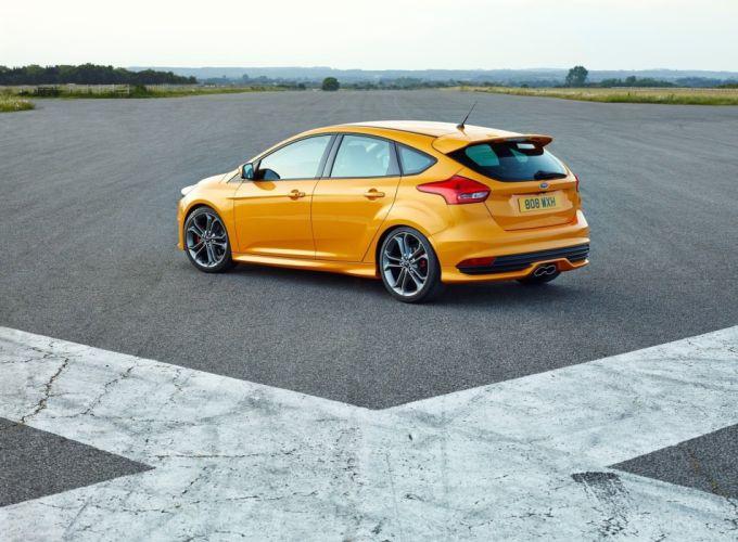 Ford-Focus-ST-2014 wallpaper