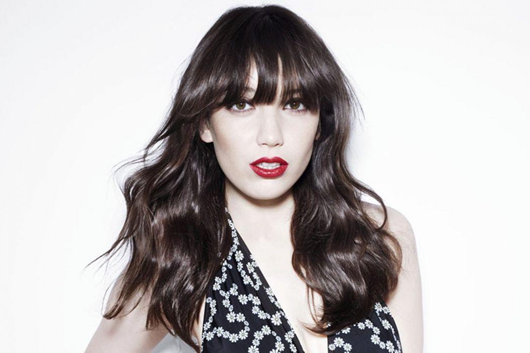DAISY LOWE fashion model babe (27) wallpaper