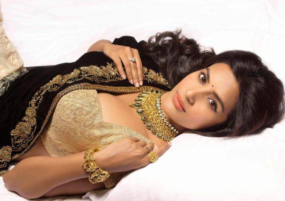 PRIYA ANAND bollywood actress model babe (15) wallpaper