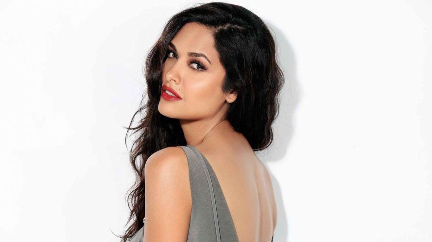 PRIYA ANAND bollywood actress model babe (19) wallpaper