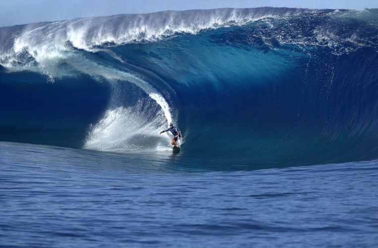 surfing surf ocean sea waves wallpaper