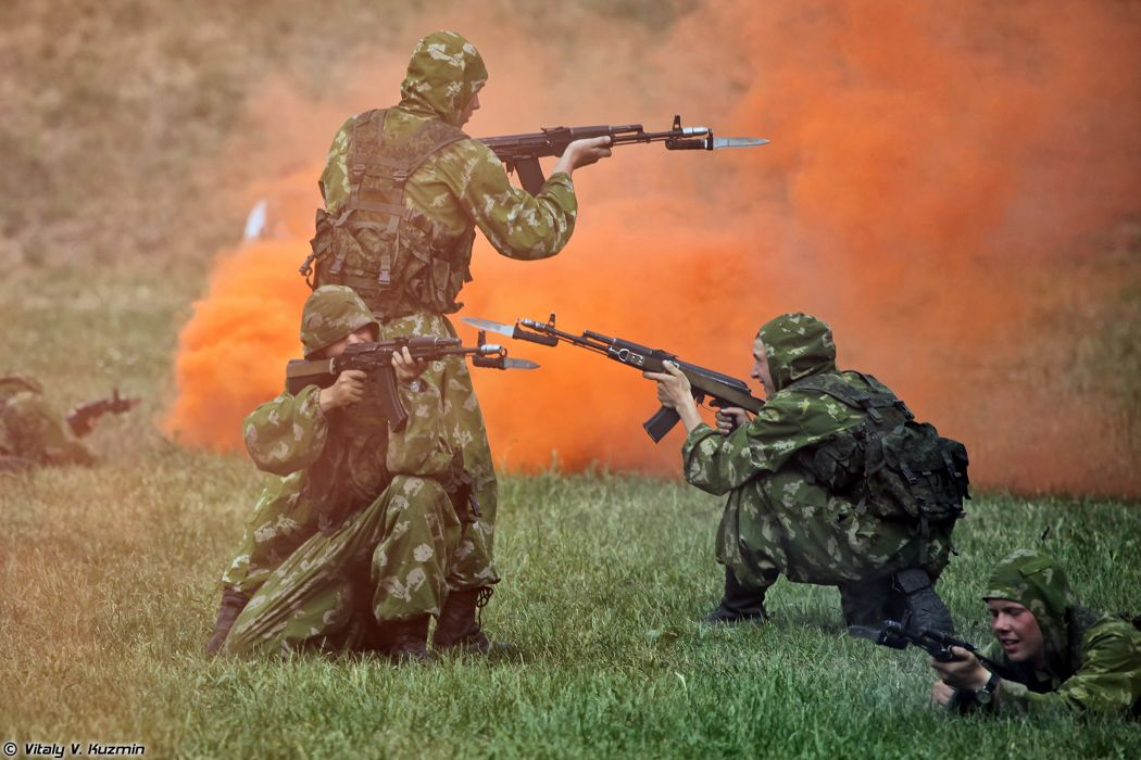 Russian Red Star Russia Military Army Soldiers Troops Battalion-2nd-Guards-Tamanskaya-Motor-Rifle-Division 4000x2667 (3) wallpaper