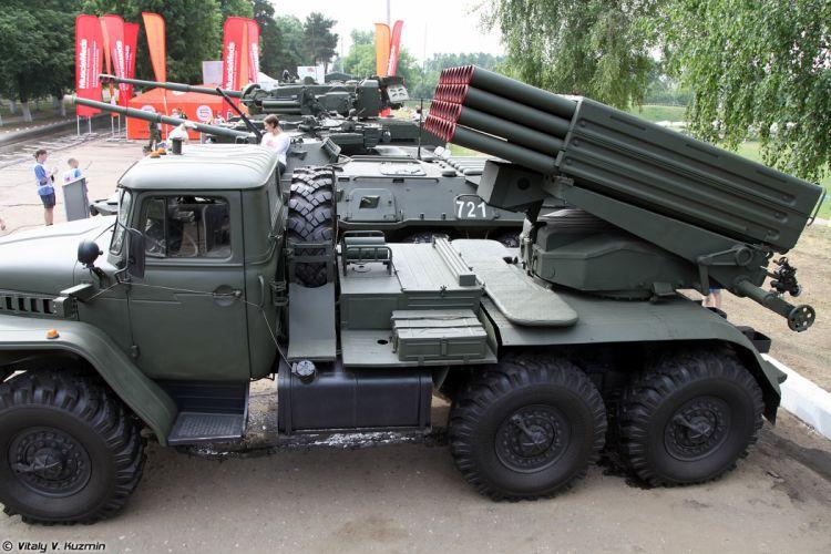 Russian Red Star Russia Vehicle Military Army Combat Armored 2B17-1 9K51M-Tornado-G-MLRS Truck 4000x2667 (2) wallpaper