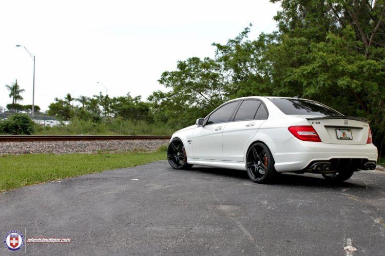 Mercedes-C63-AMG wallpaper