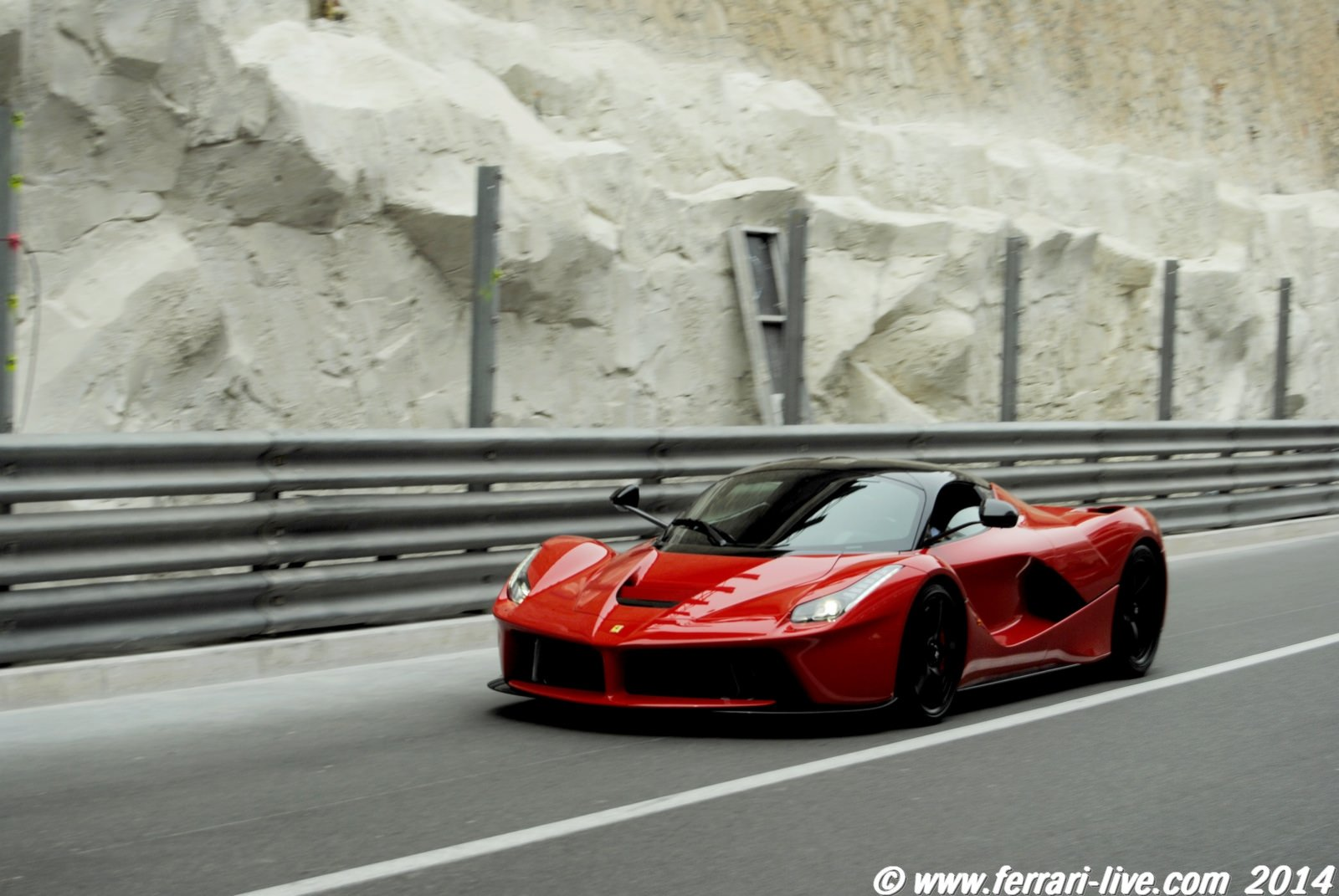 Ferrari Laferrari Wallpaper 1600x1071 380935 Wallpaperup