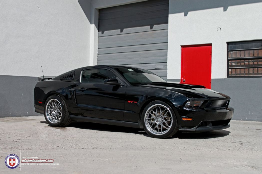Mustang-GT/CS  wallpaper