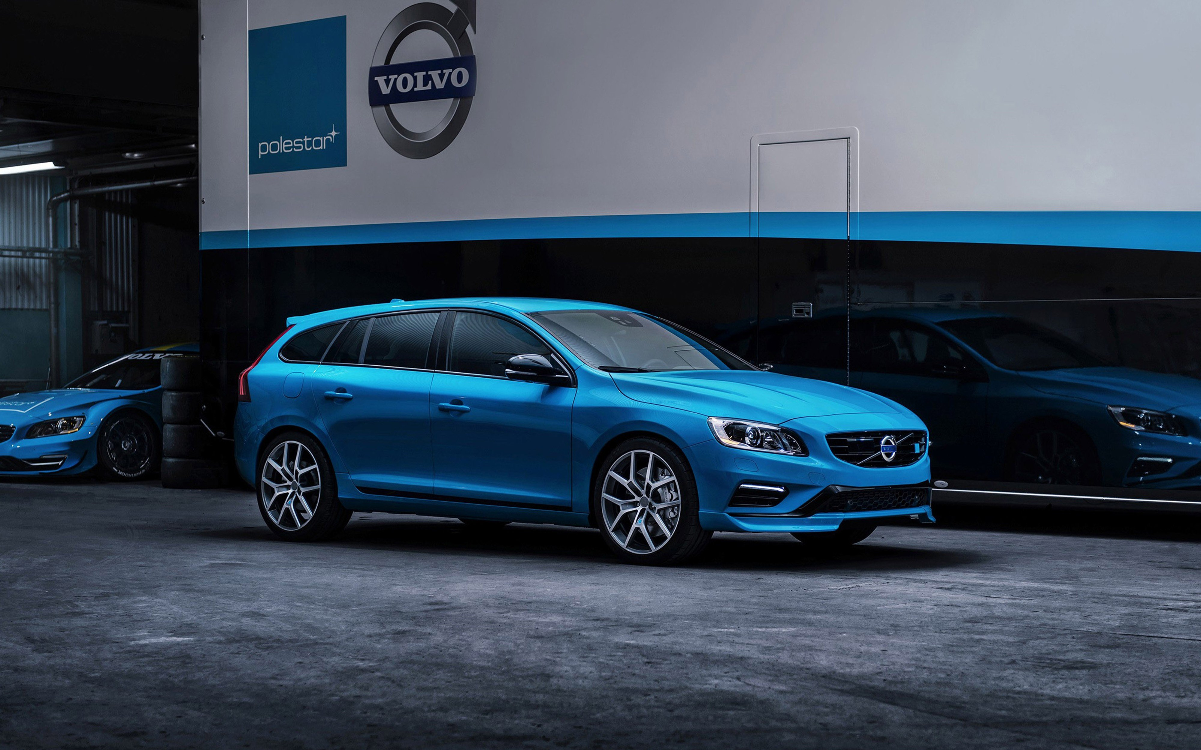 2014 Volvo V60 Polestar Car Vehicle blue 4000x2500 (2) wallpaper | 4000x2500 | 382547 | WallpaperUP