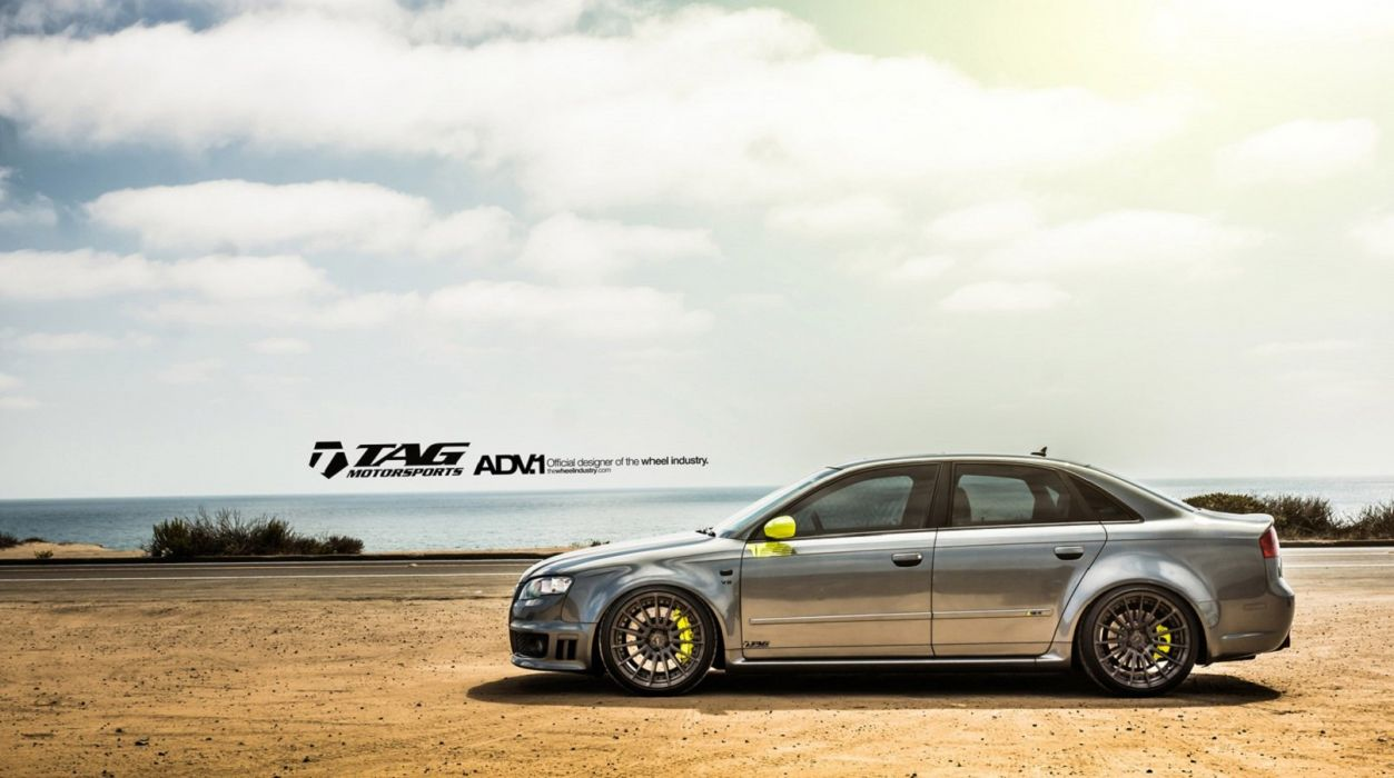 AUDI-RS4 wallpaper