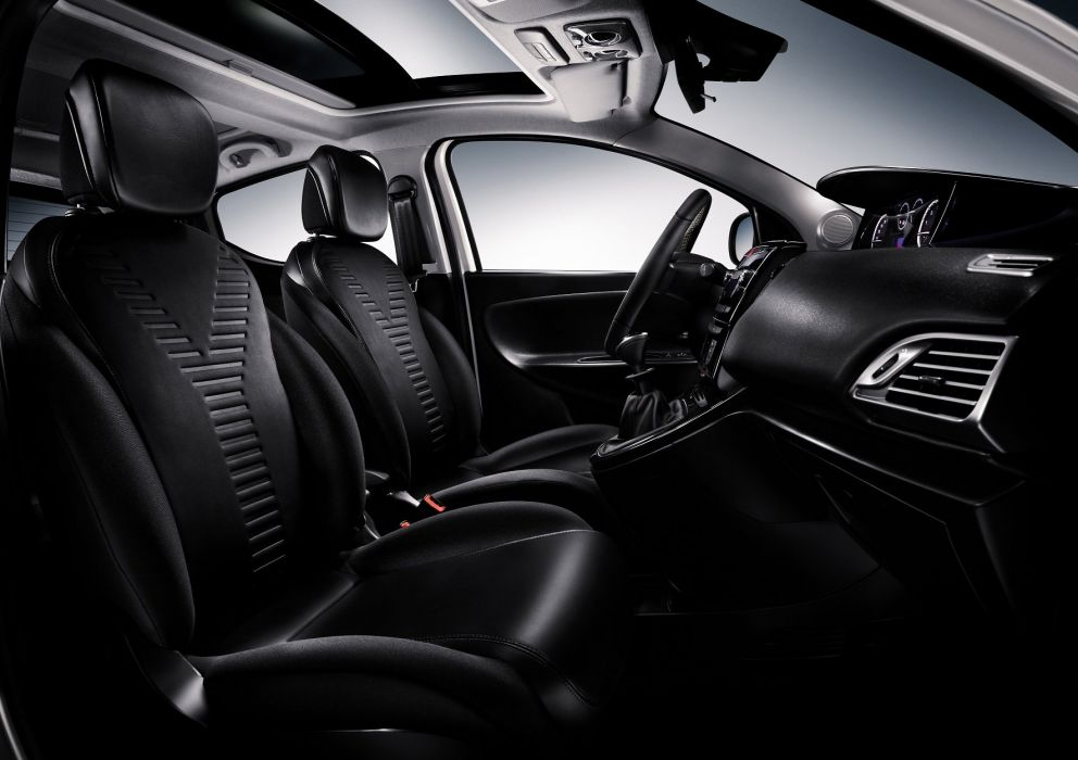 2011-Lancia-Ypsilon wallpaper