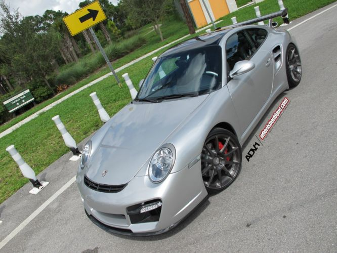 2010-Porsche-997-Turbo wallpaper