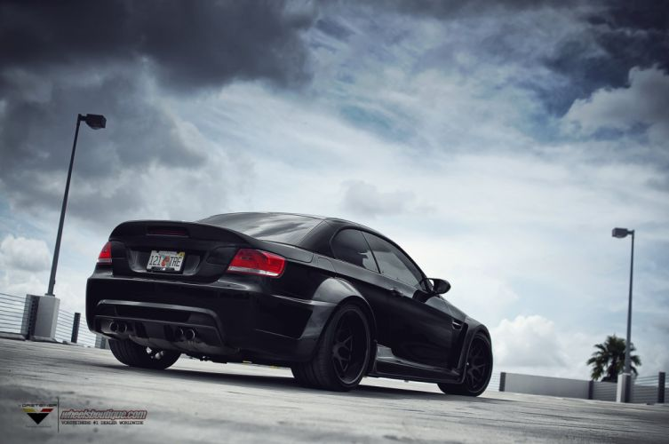 BMW-M3-E92-Wide-body wallpaper