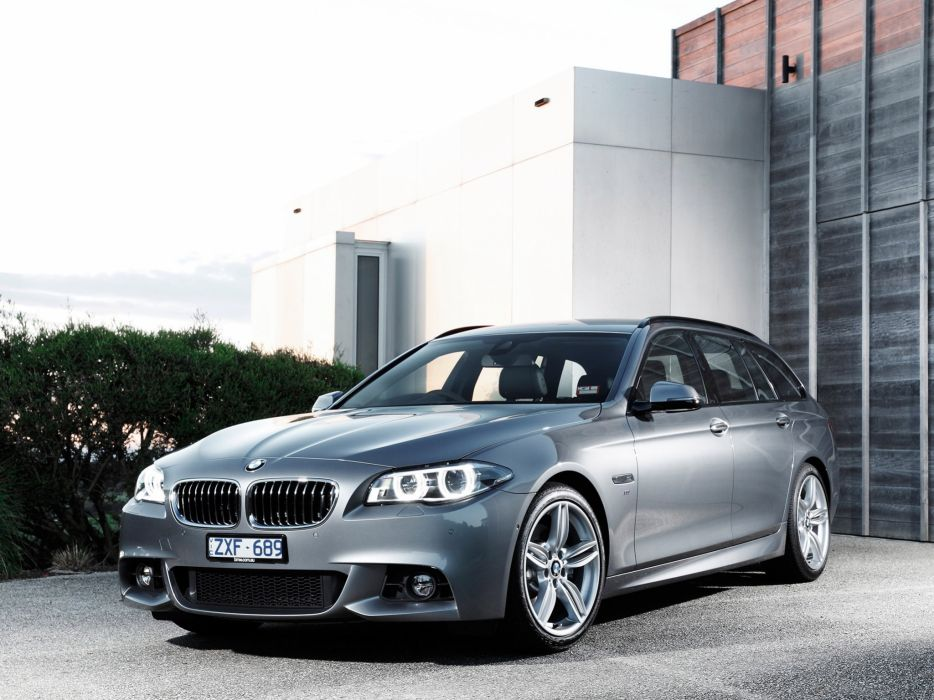 Bmw 5 Series 535i Touring M Sport Package Wallpaper
