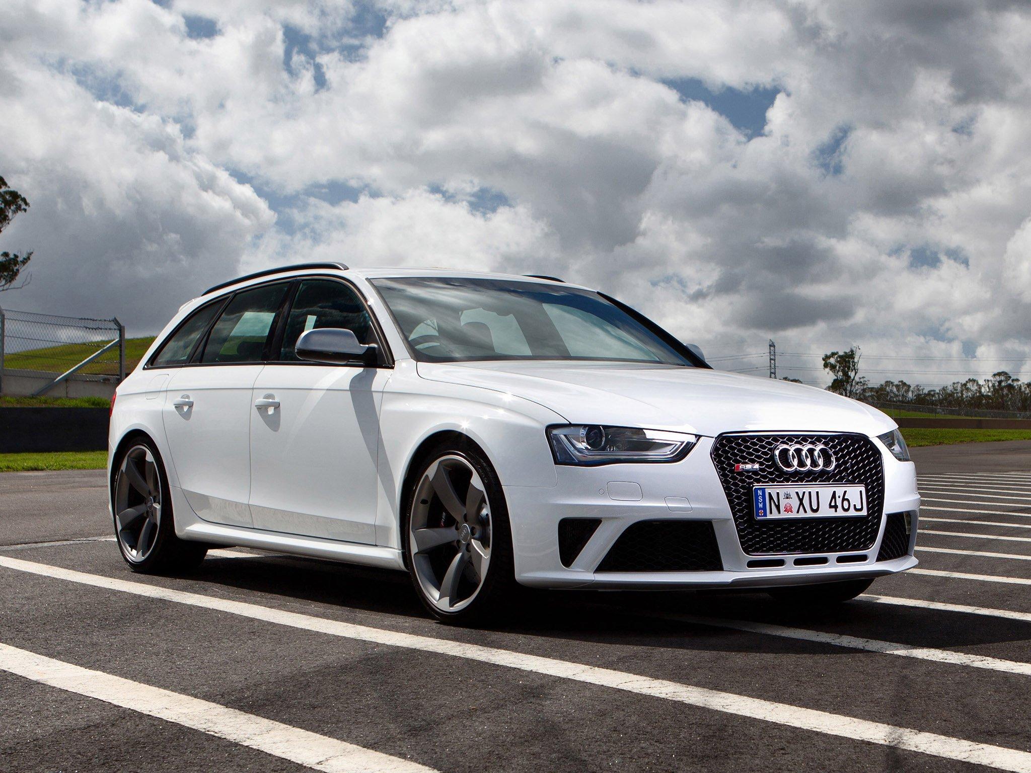Audi Rs4 Avant Wallpaper 2048x1536 384567 Wallpaperup