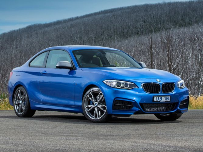 BMW-M235i-Coupe wallpaper