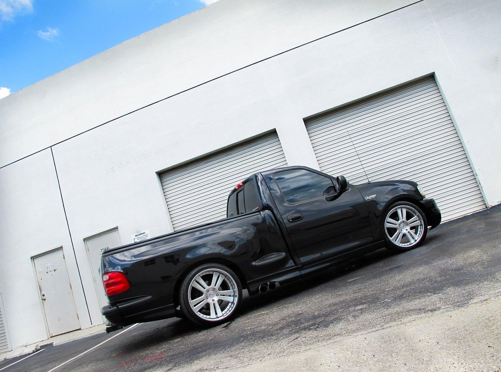 Ford SVT F Lightning muscle pickup burnout wallpaper