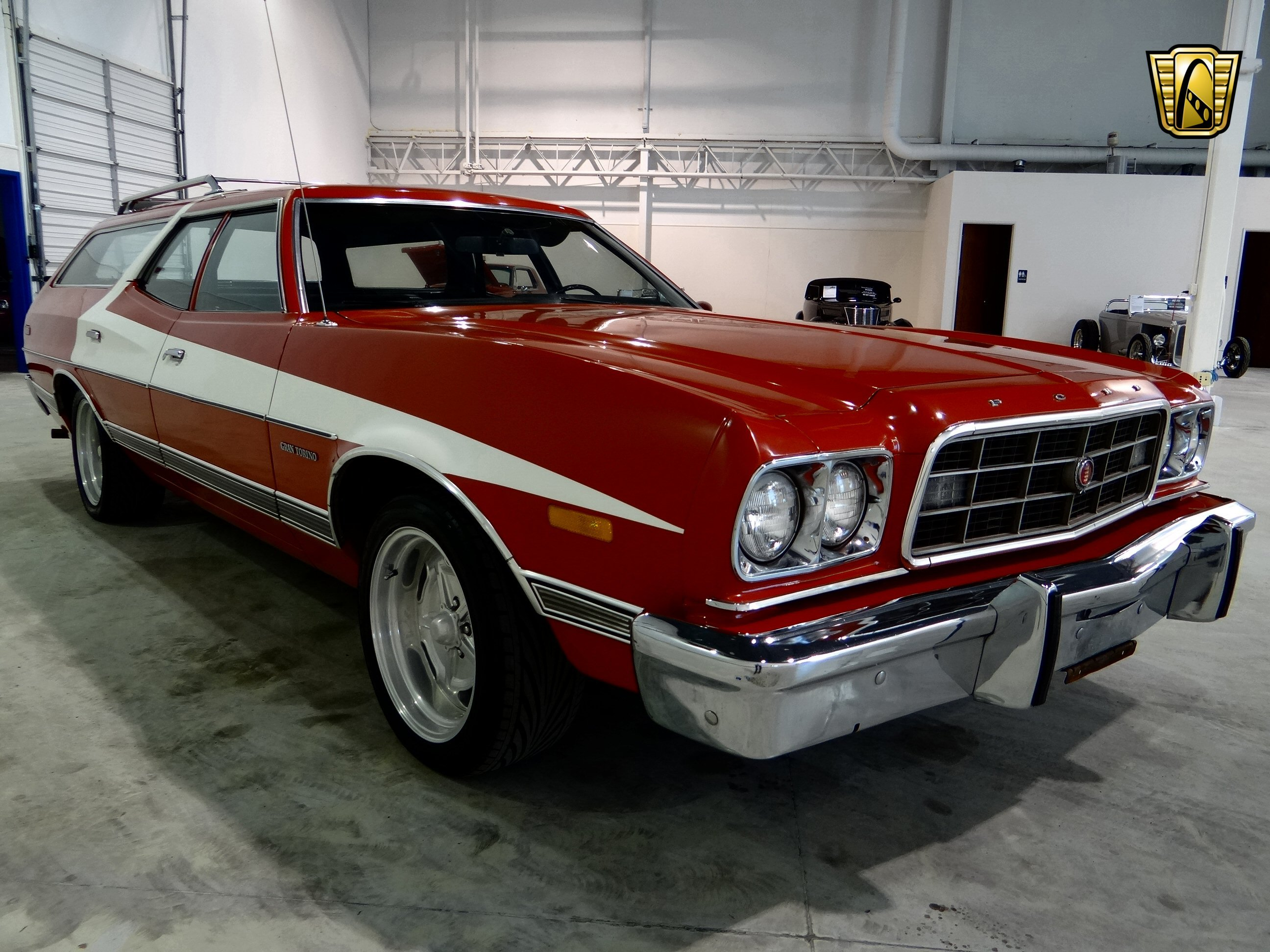 1973 Ford Gran Torino stationwagon muscle classic hot rod rods (15) wallpaper | 2592x1944