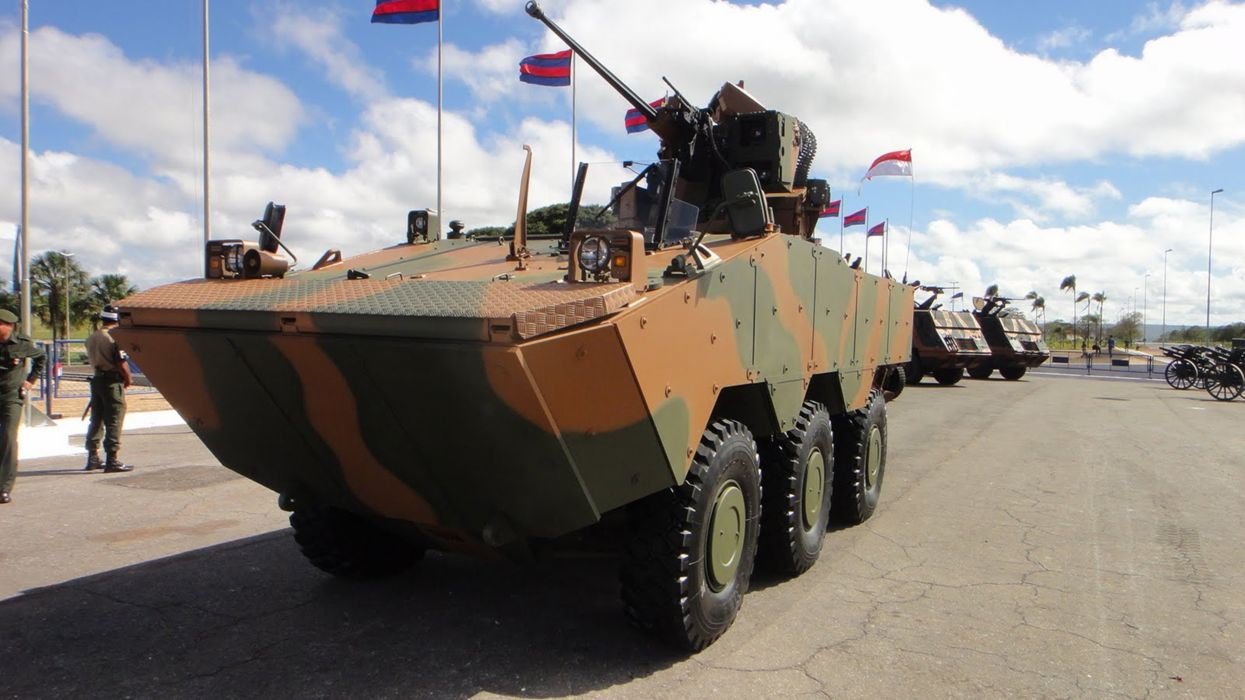 Vehicle Military Army Combat Armored Iveco Guarani Brazil (1) wallpaper