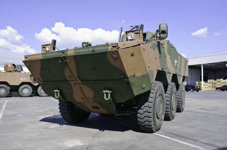 Vehicle Military Army Combat Armored Iveco Guarani Brazil (6) wallpaper