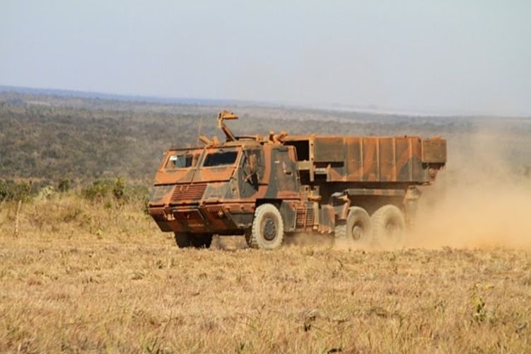 Astros-II Vehicle Military Army Combat Armored Missile Attack Brazil (6) wallpaper