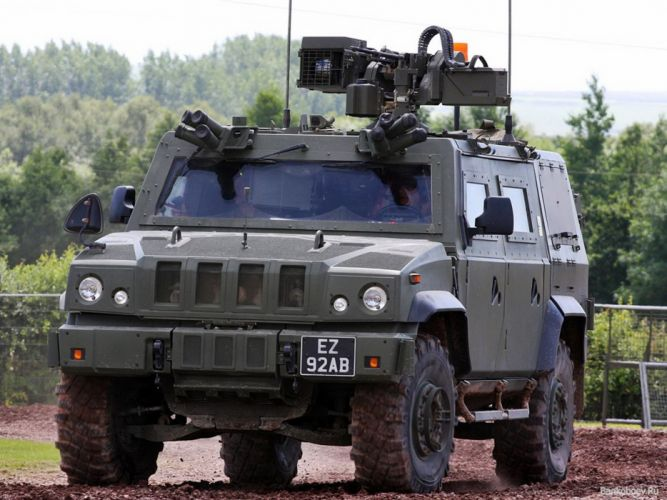 Russian Red Star Russia Vehicle Military Army Combat Armored Iveco Lince lmv 4X4 Peredok 4000x3000 wallpaper