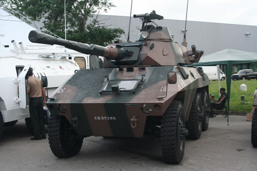 EE-9 Cascavel Vehicle Military Army Combat Armored Brazil (2) wallpaper