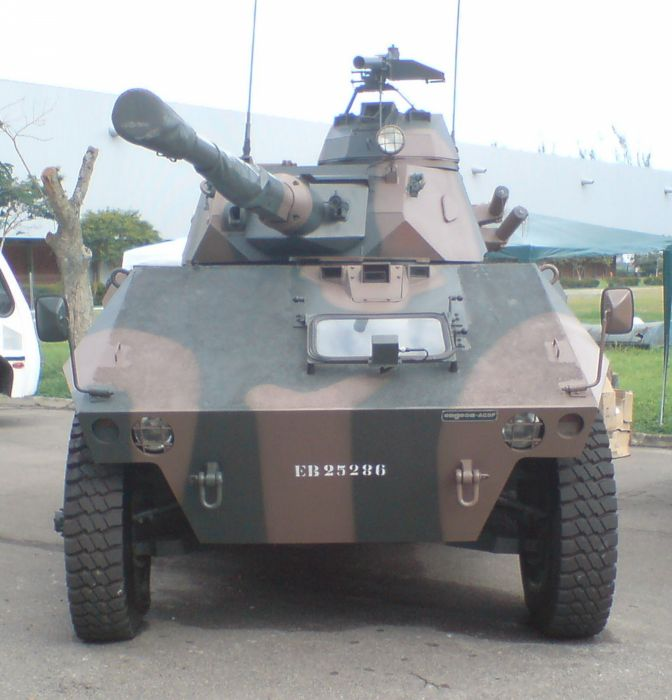 EE-9 Cascavel Vehicle Military Army Combat Armored Brazil wallpaper