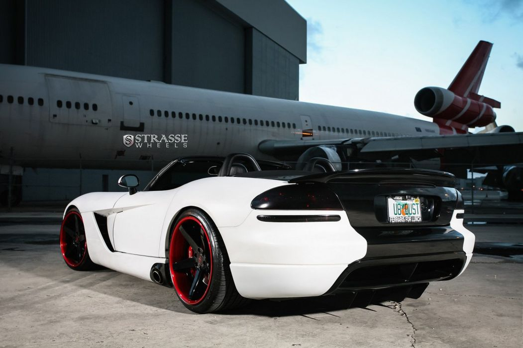 Supercharged Viper SRT10 Strasse Wheels tuning cars wallpaper