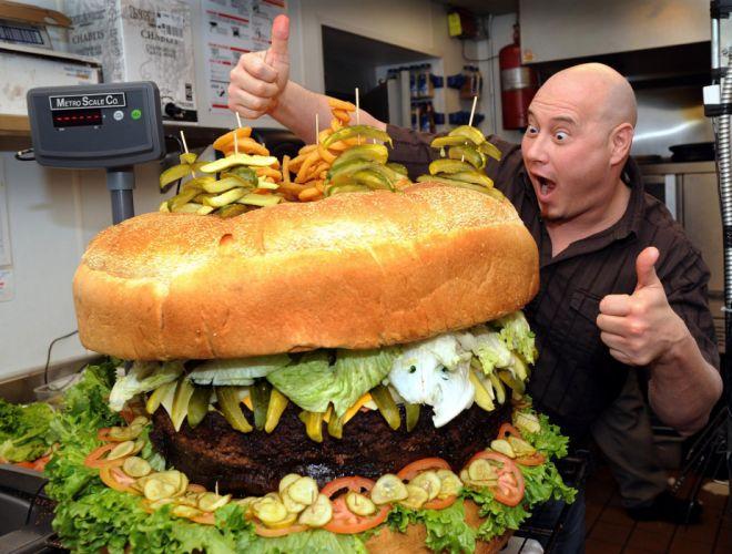 Giant Hamburger! wallpaper