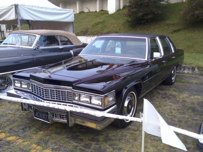 1977 Cadillac Sedan Deville Retro Classic wallpaper