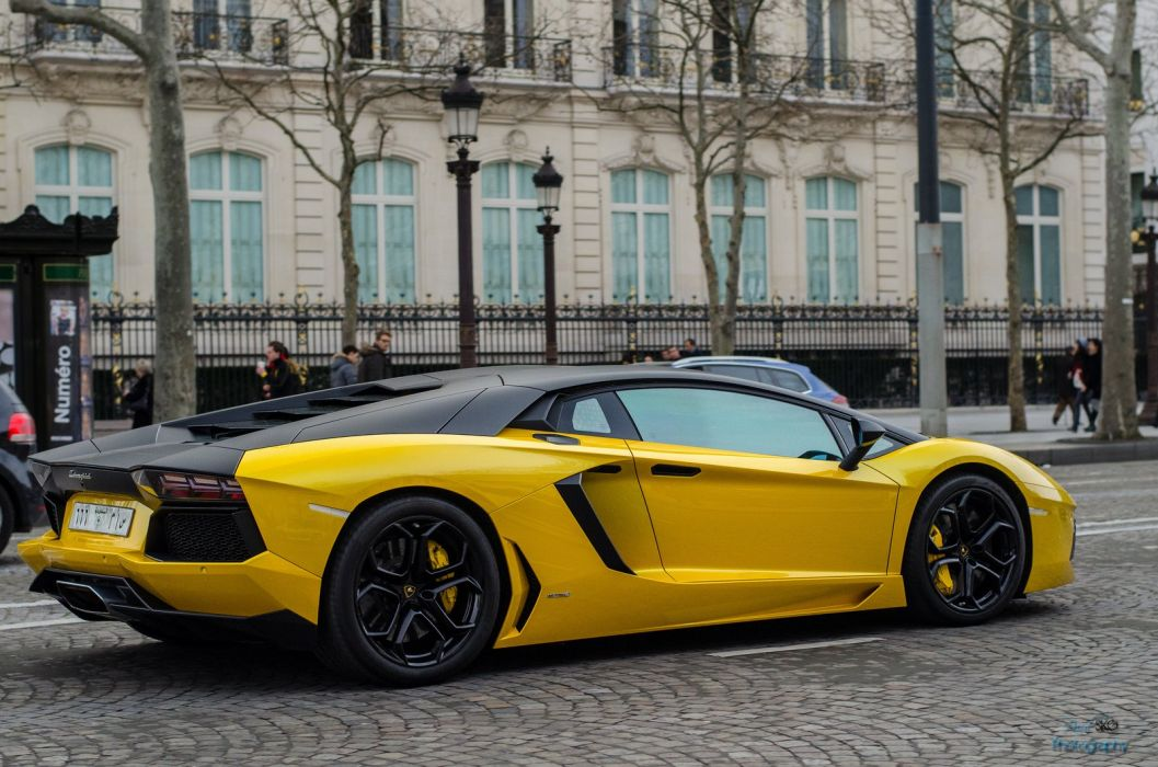 Aventador cars yellow jaune italian Lamborghini lp700 supercars wallpaper