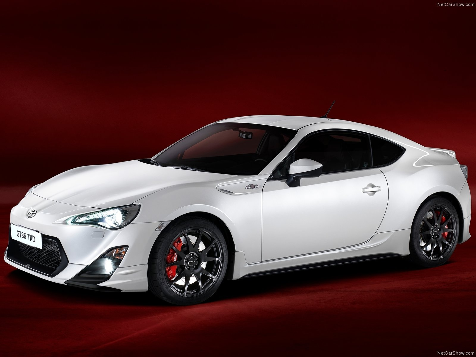 toyota gt86 trd 2014 japan white blanche coupe 2 doors. Black Bedroom Furniture Sets. Home Design Ideas