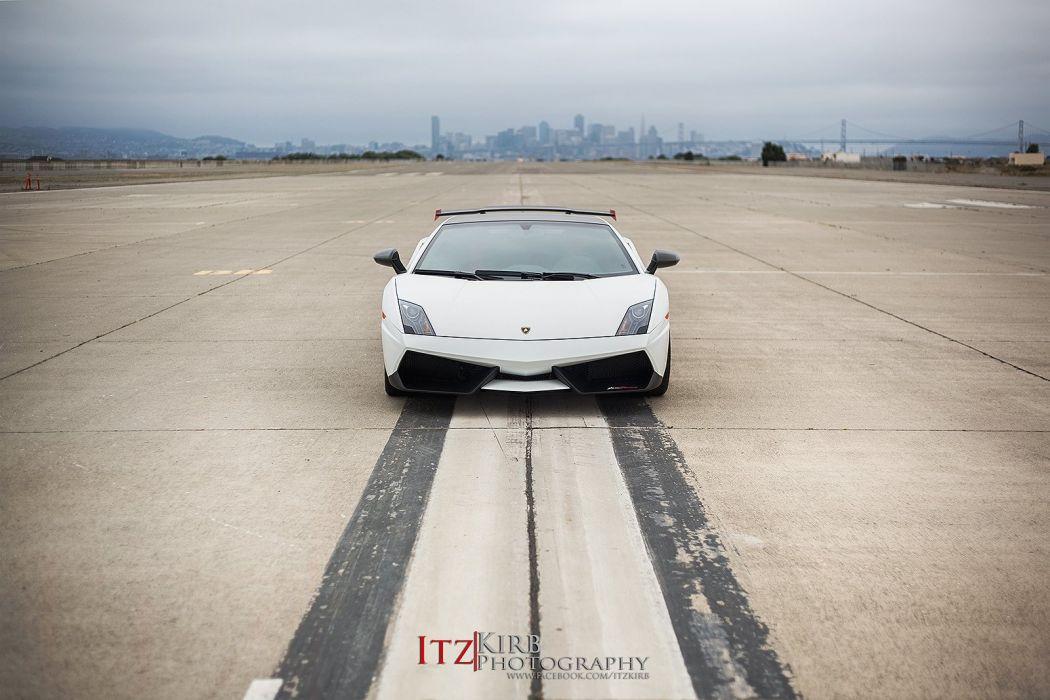 Lamborghini Gallardo LP 570-4 Super Trofeo Stradale Italian Dreamcar Supercar Exotic  Sportscar white blanche bianco wallpaper