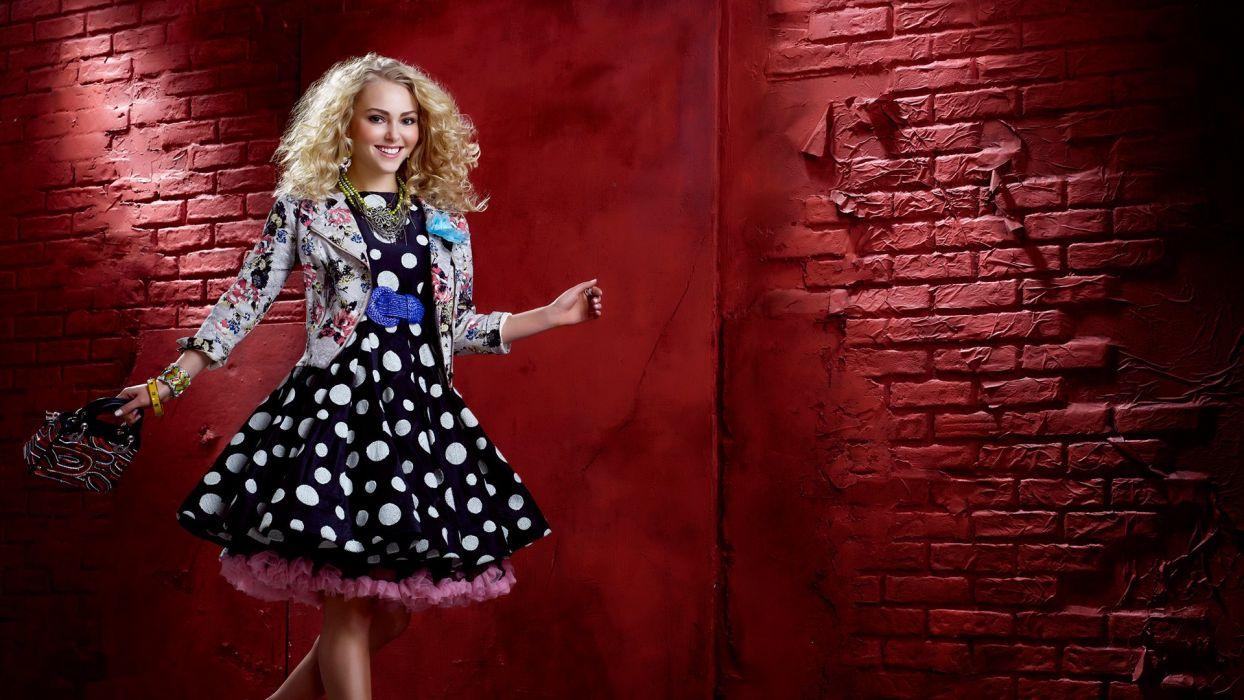 CARRIE DIARIES comedy romance babe series AnnaSophia Robb (23) wallpaper