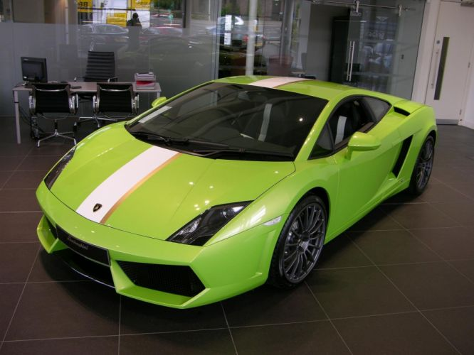 Lamborghini Gallardo LP 550-2 Valentino Balboni Italian Dreamcar Supercar Exotic vert green verde wallpaper