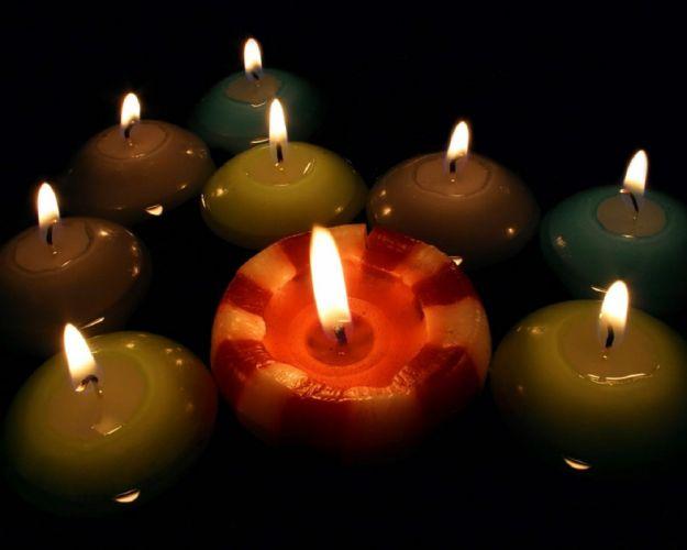 Candles wallpaper