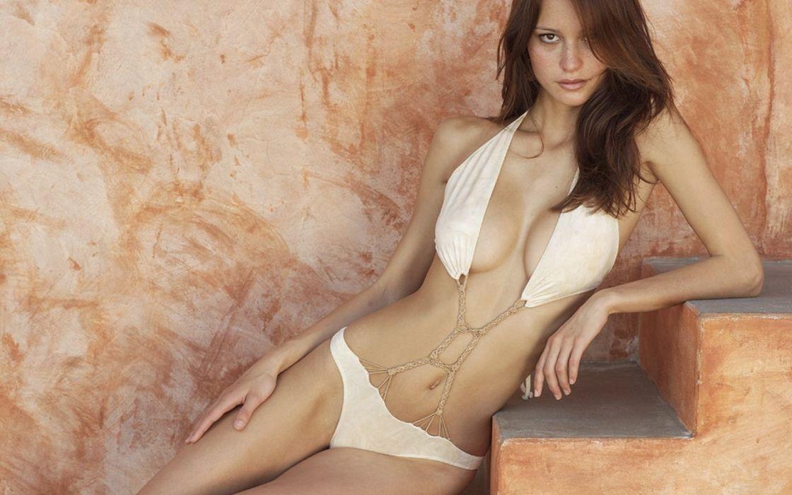 beauties fatal Girl lingerie model sexy wallpaper