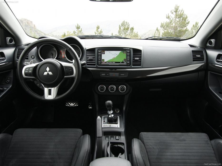 Mitsubishi lancer evolution x interior