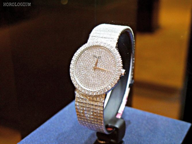 PIAGET watch time clock bokeh (24) wallpaper