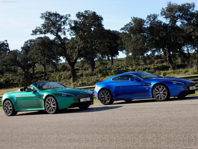 Aston Martin V8 Vantage S 2012 supercar coupe wallpaper