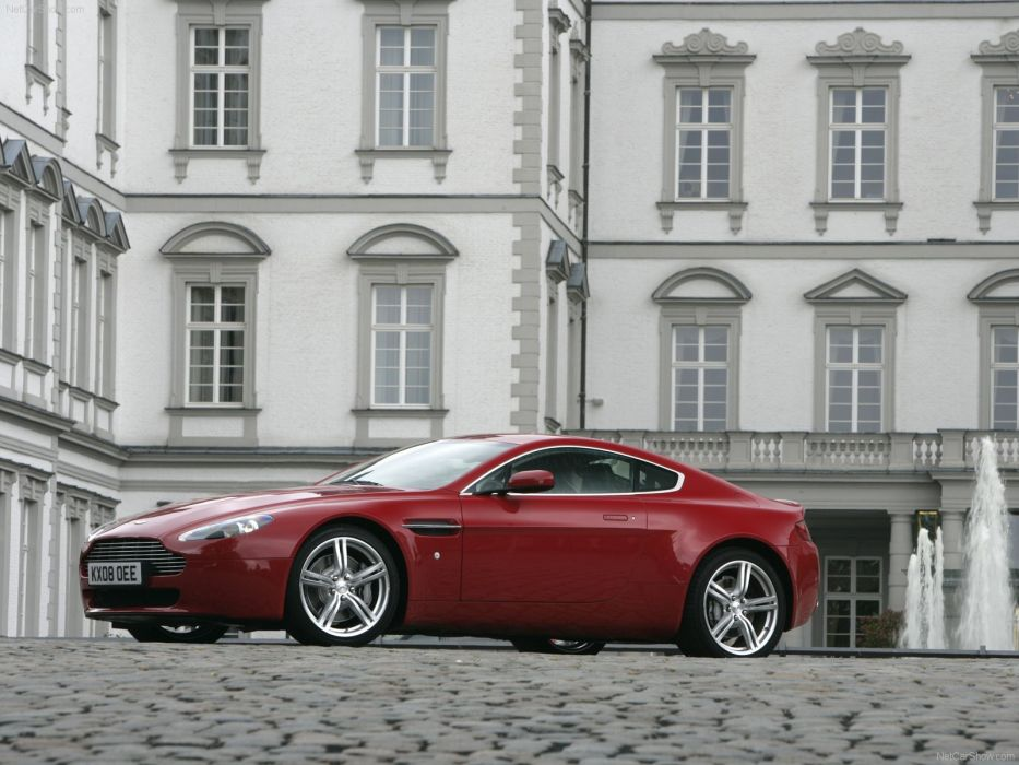 Aston Martin V8 Vantage 2009 coupe supercars wallpaper