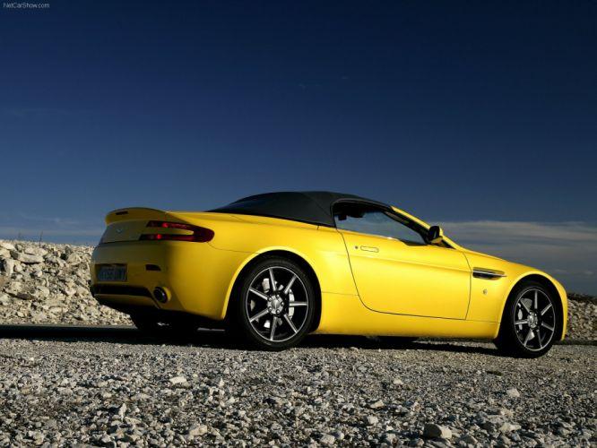 Aston Martin V8 Vantage Roadster 2007 wallpaper