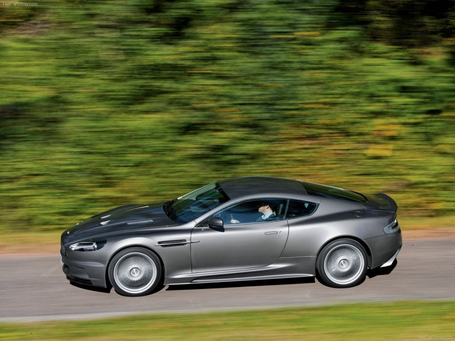 Aston Martin DBS coupe 2007 wallpaper