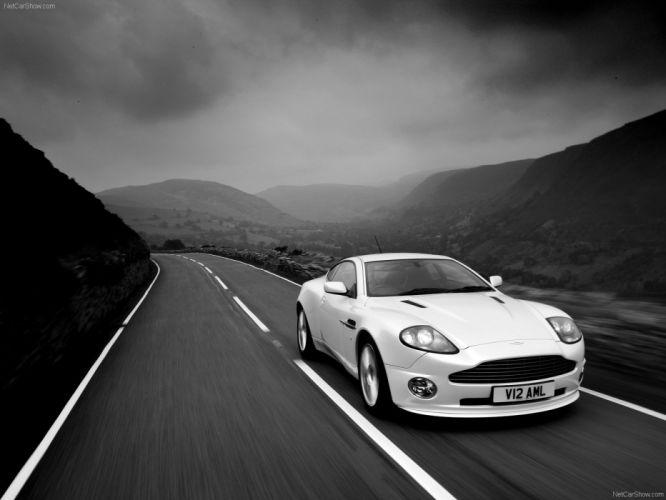 Aston Martin Vanquish S V12 coupe 2004 wallpaper