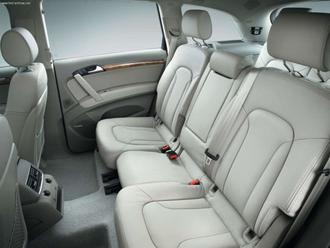 Audi Q7 2006 suv interior wallpaper