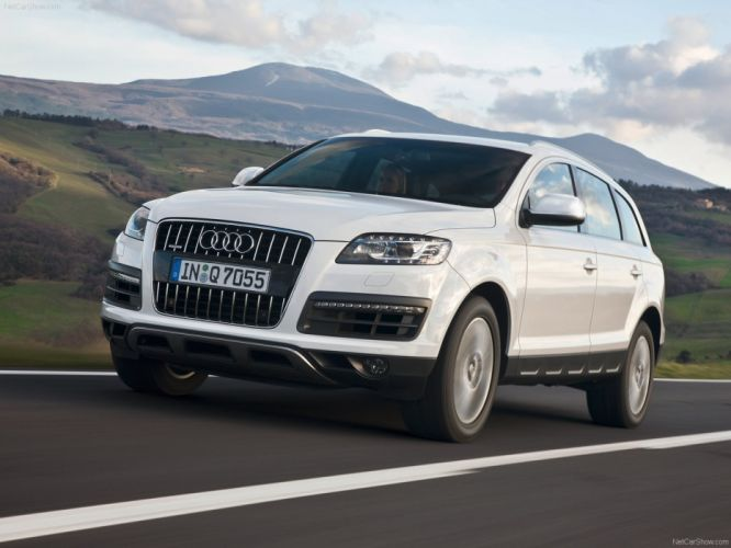 Audi Q7 suv 2010 wallpaper