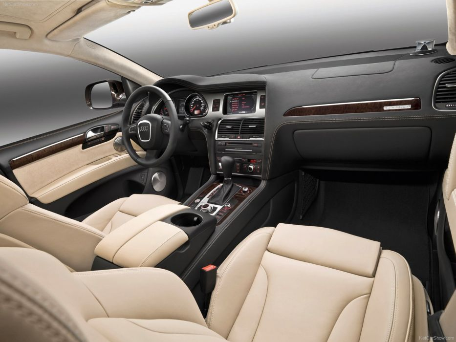 Audi Q7 suv 2010 interior wallpaper