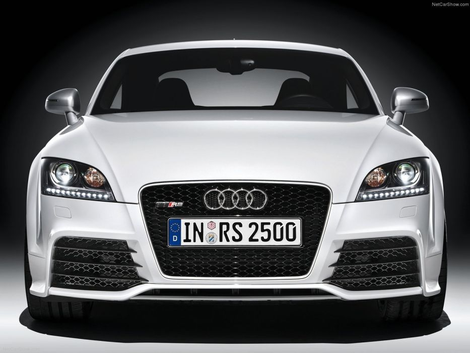 Audi TT RS coupe 2010 wallpaper