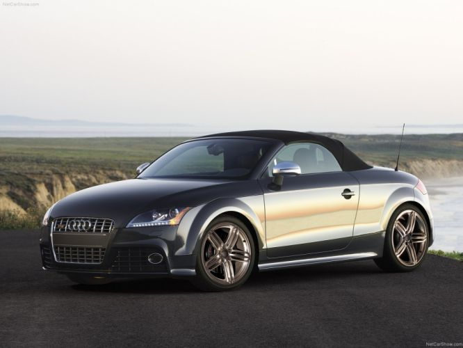 Audi TTS Roadster 2011 wallpaper