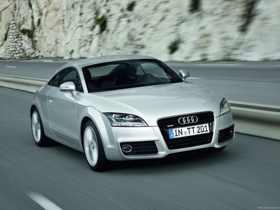 Audi TT Coupe 2011 wallpaper