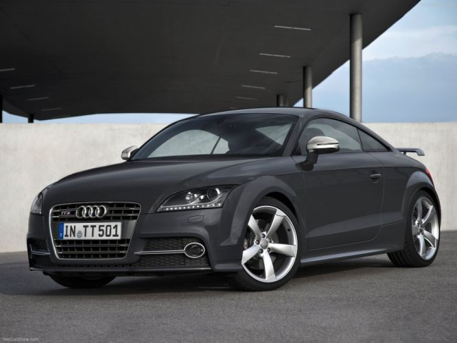 Audi TTS Coupe competition 2013 wallpaper